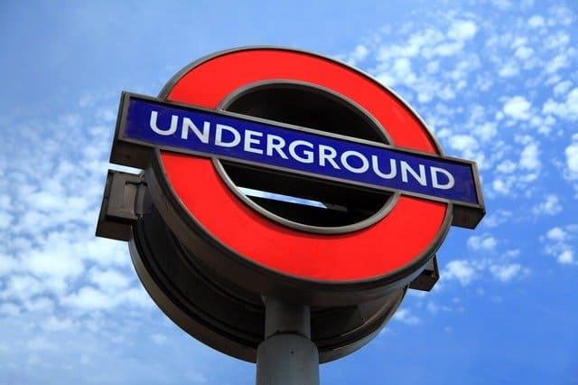 лондонское метро логотип